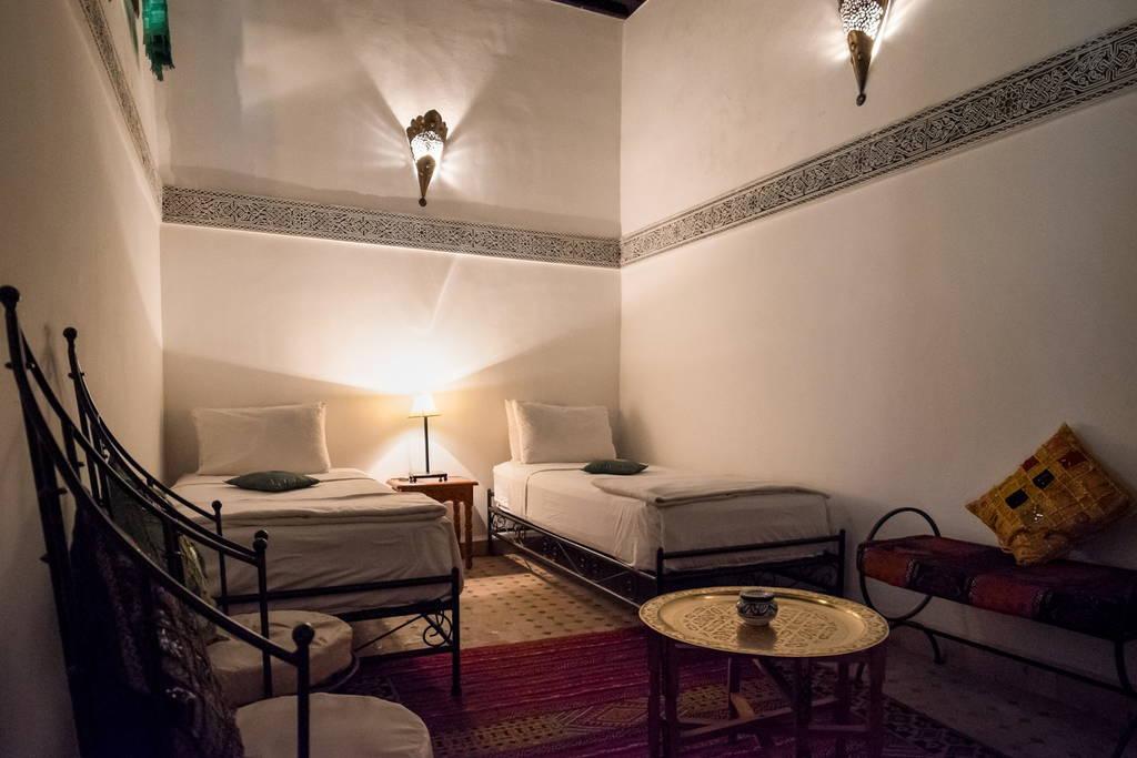 Location d 39 une chambre dans un riad a fes r gion moyen - Location d une chambre chez un particulier ...